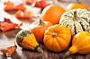 GRESSKAR: Planlegger du å lage lykt av gresskaret til Halloween? Hva enn du gjør, ikke kast gresskarkjøttet. Foto: Shutterstock / Olga Miltsova